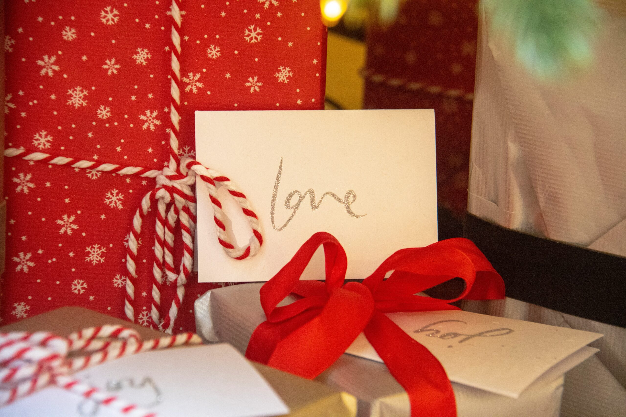 10 recomandari pentru alegerea cadoului potrivit